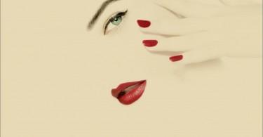 استفاده بیش از حد از لوازم آرایش عمر شما را کوتاه می کند