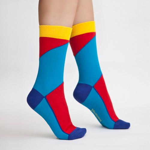 چگونه جوراب مناسب برای پاهایم انتخاب کنم؟