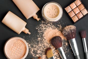 قبل از عکس گرفتن اصولی آرایش کنید.