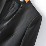 ۵ قانون هنگام پوشیدن لباس مشکی