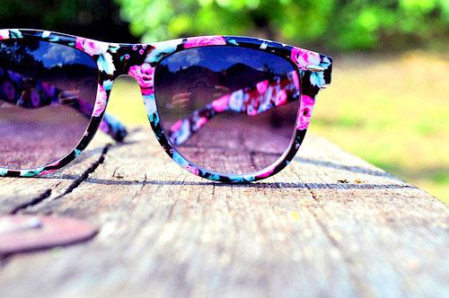 راه های طولانی کردن عمر عینک آفتابی