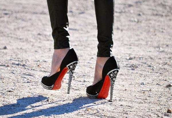 کفش های زنانه لوکس با کف قرمز