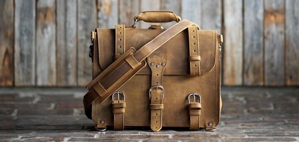 چگونه از کیف و کفش خود نگهداری کنیم؟