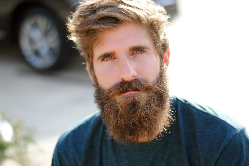 نکاتی برای آقایانی که قصد بلند کردن ریش دارند. قسمت اول