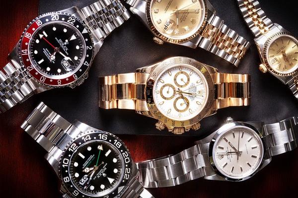 کدام مدل از ساعت رولکس را ترجیح می دهید؟