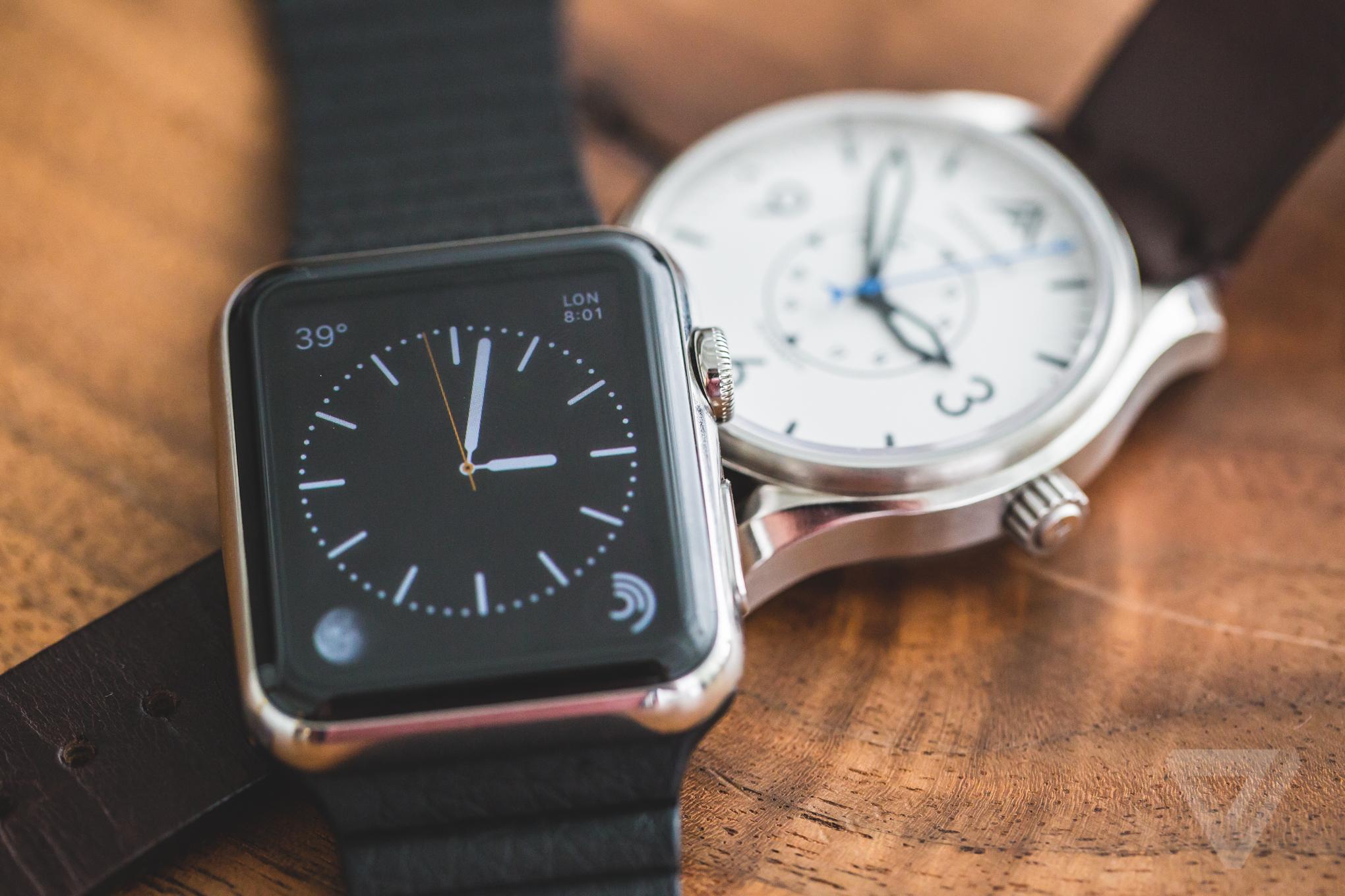 ساعت هوشمند سفارشی اپل یا ساعت های لوکس، کدامیک مناسب دست شماست؟