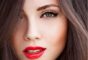 نکته های آرایشی برای پوشاندن خستگی چهره