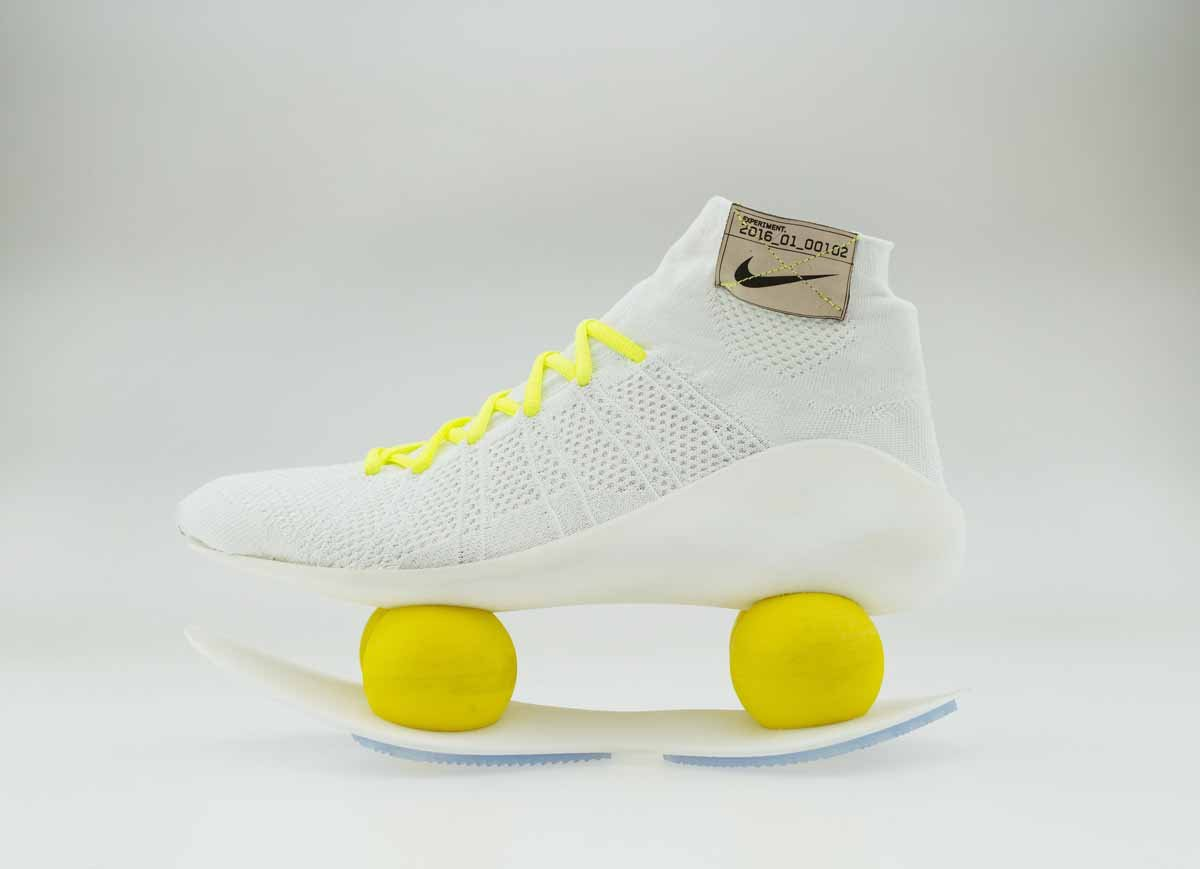 a-more-practical-take-on-the-shoe-with-a-full-line-of-bouncy-balls-this-model-uses-only-a-few-more-flexible-balls-which-increases-compression-and-uses-3d-printing-to-enhance-stability