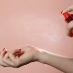 راه های افزایش زمان ماندگاری بوی عطر