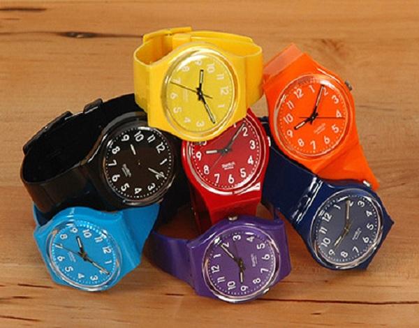 ساعت مچی رنگی