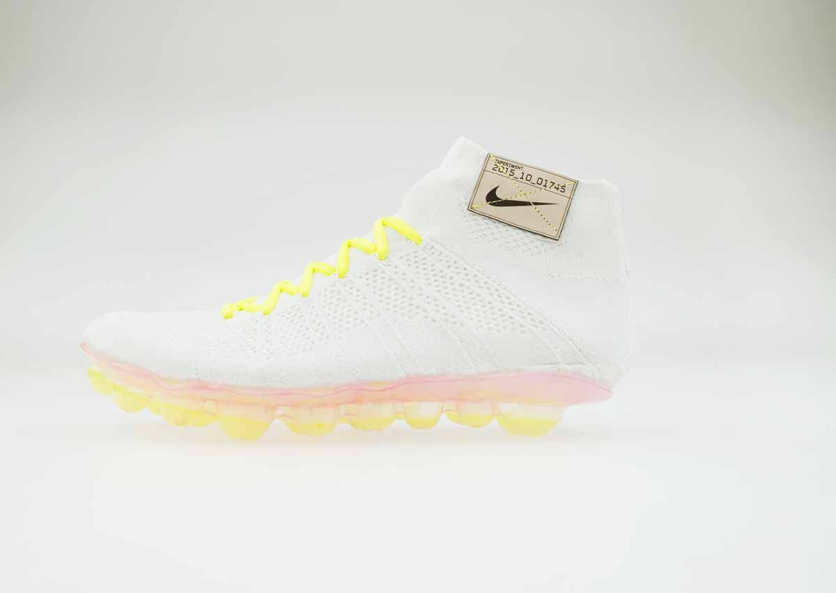 in-this-design-airbags-underfoot-capture-and-release-air-putting-the-cushioning-exactly-where-you-need-it-as-you-run-according-to-nike