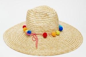 14 مدل کلاه برای گرفتن عکس های اینستاگرامی