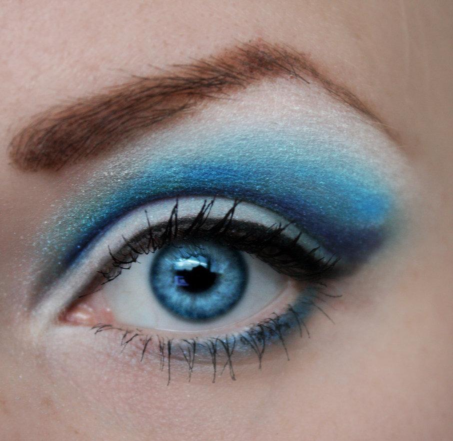سایه چشم آبی، مد امسال تابستان