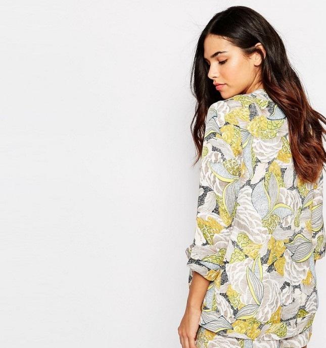 ست کردن لباس و پیراهن زنانه