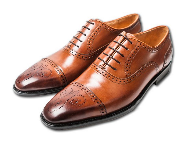 چگونه یک جفت کفش تمیز و شیک داشته باشیم؟