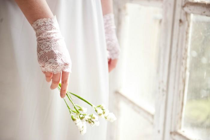 دستکش عروس باید چه شکلی باشه؟