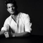 ۵ مدل پیراهن مردانه برای روزهای گرم تابستان