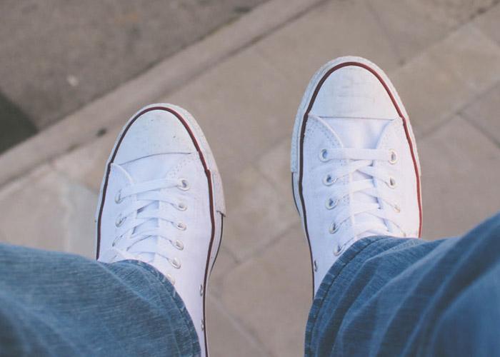 روش تمیز کردن کفش اسپرت چگونه است؟