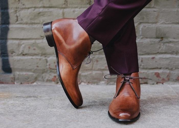 چگونه بند کفشم را درست گره بزنم؟