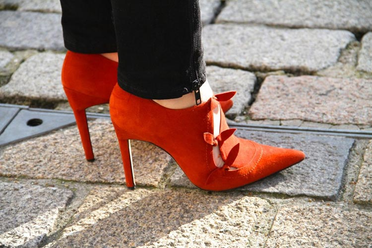 انتخاب یک کفش قرمز مناسب