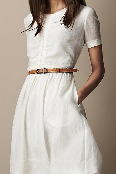 خانم ها: با لباس سفید چی بپوشم؟