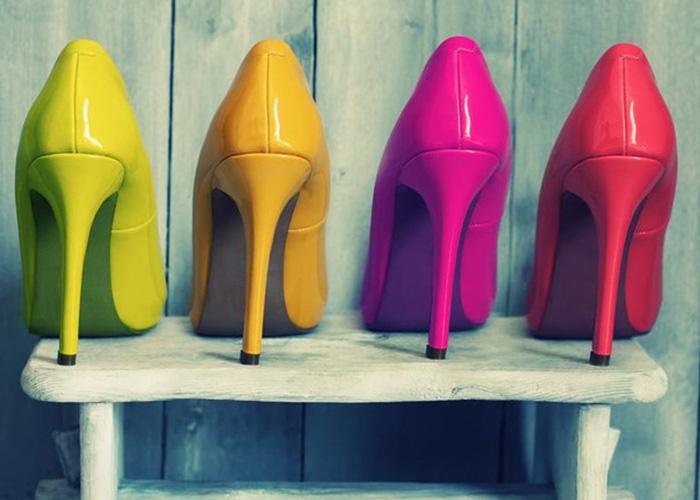 بدون کفش پاشنه بلند، قدبلند شوید!