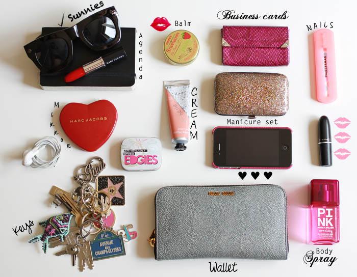 لوازم ضروری موجود در کیف خانم های خوش لباس