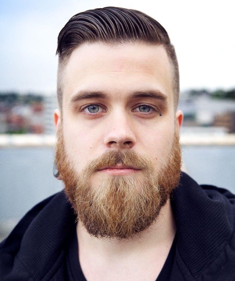 چرا برخی آقایان موی تیره و ریش قرمز رنگ دارند؟