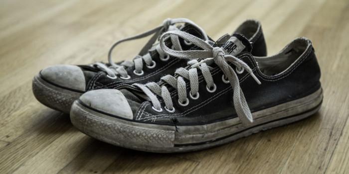 ترفندهایی ساده برای نو کردن کفش ها
