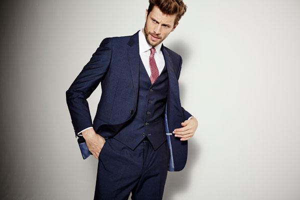 چرا کت آبی میپوشند