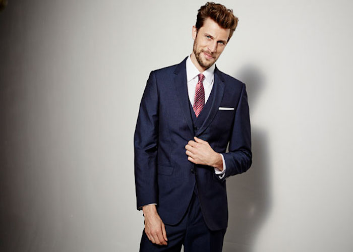 تقویت مهارت اتو کشیدن پیراهن