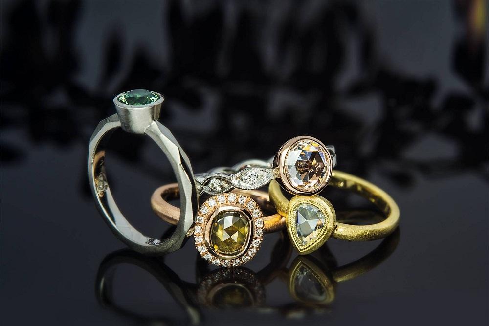 جواهرات تان را حرفه ای بپوشید