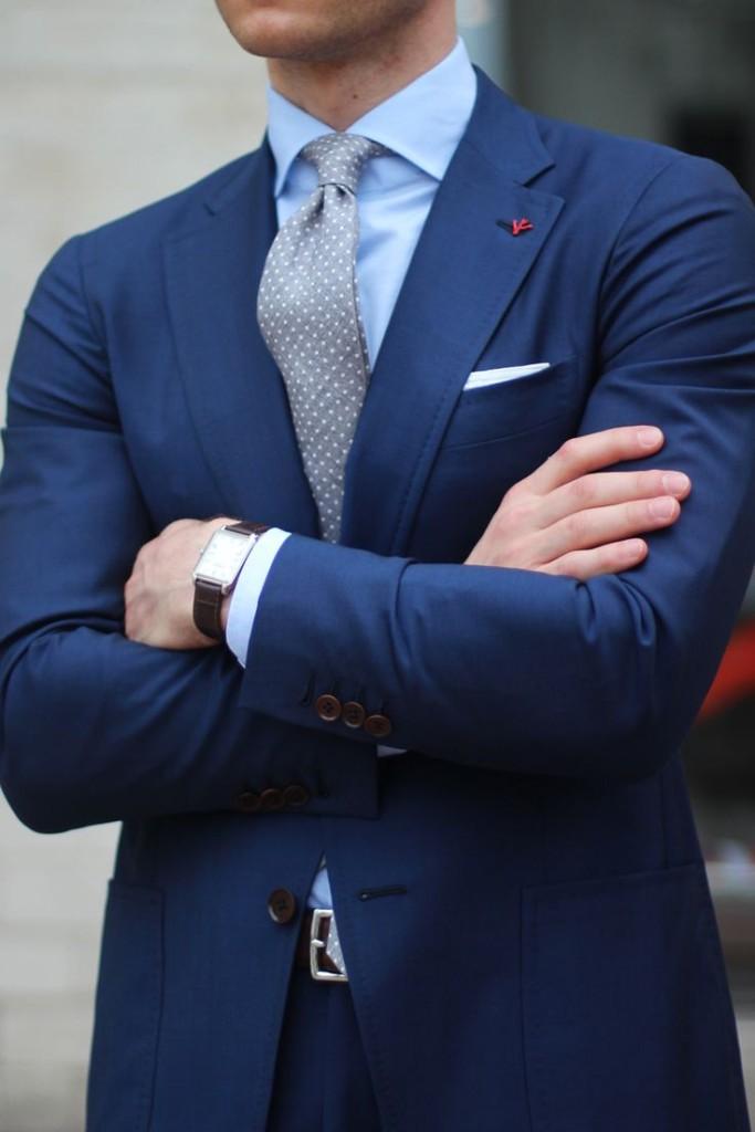 ست کردن پیراهن و کراوات با کت و شلوار