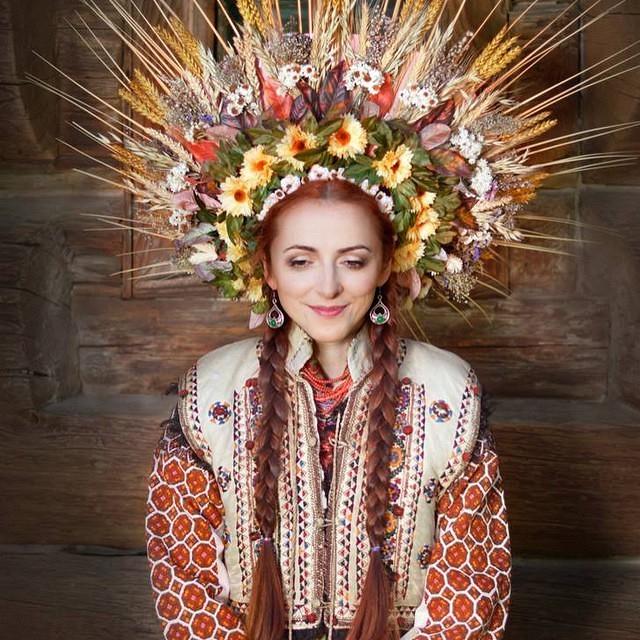 تاج گل سر: رسمی اوکراینی