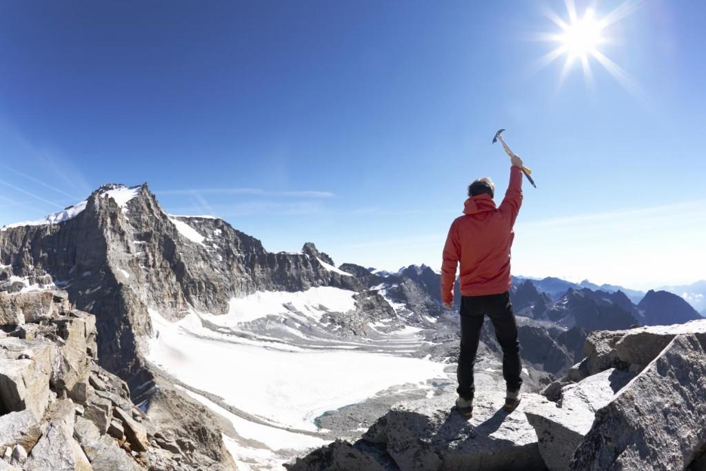 برای کوهنوردی چی بپوشم؟