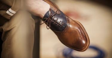 5 قانون خرید کفش چرم مردانه