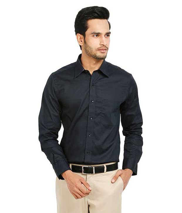 نحوه پوشیدن لباس مشکی مردانه