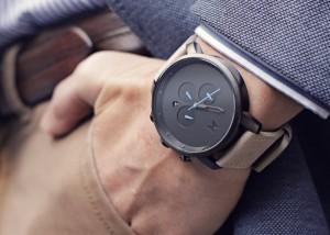 چرا باید ساعت مچی از برند MVMT خرید؟