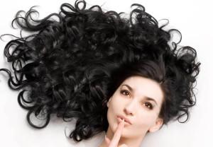 ترفندهایی ساده برای داشتن موهای زیبا