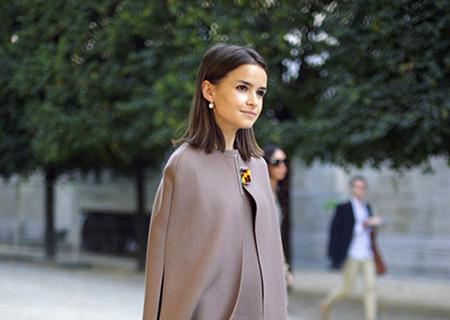راهنمای لباس پوشیدن برای خانمهای ریز نقش