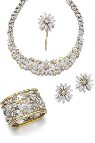 سرویس طلا و جواهر برای عروس