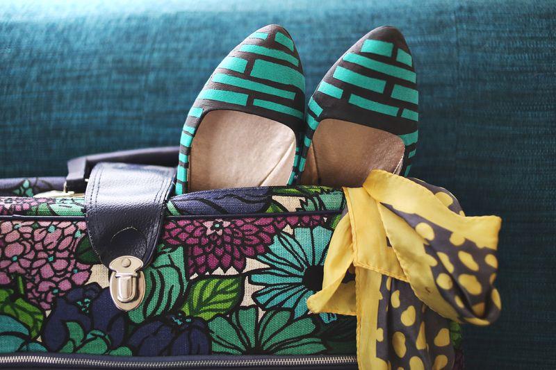 چطور یک کفش ساده را طرح دار کنيد؟