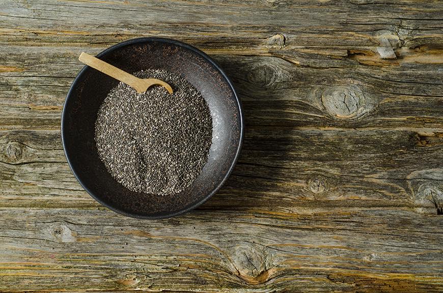 برای داشتن مویی سالم تر این ۳ ماده ی غذایی را مصرف کنید