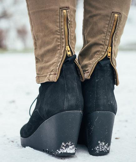 مشکلات لباس پوشیدن خانمها در زمستان
