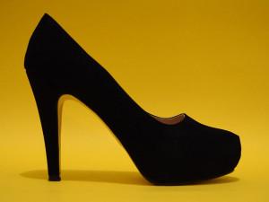 چگونه با کفش پاشنه بلند راحت تر راه برویم؟