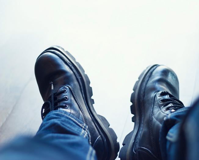 ماندگاری بیشتر کفش مجلسی با چند روش ساده