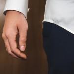 طول آستین پیراهن مردانه باید چقدر باشد؟