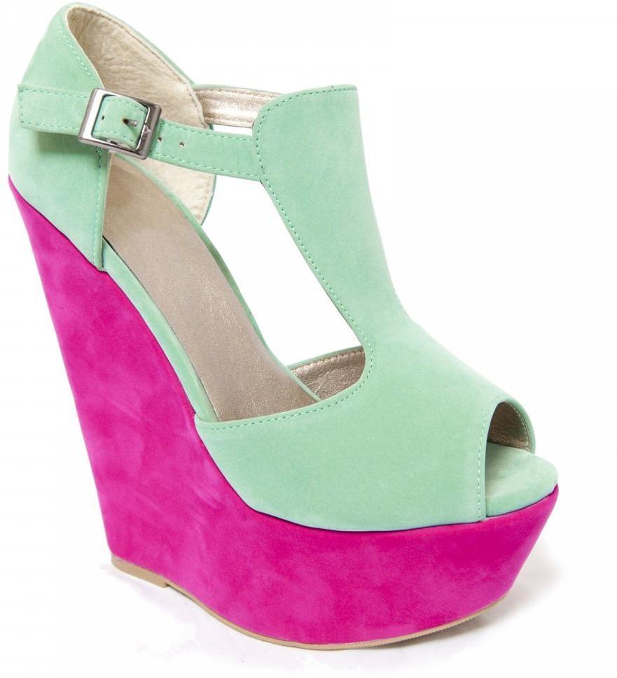 کفش پاشنه بلند یا کفش لژدار؟