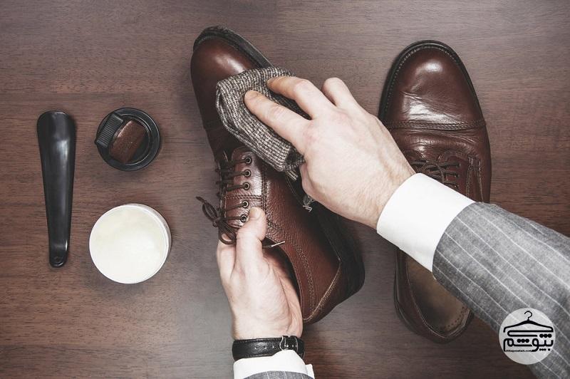 مراقبت از کفش چرم