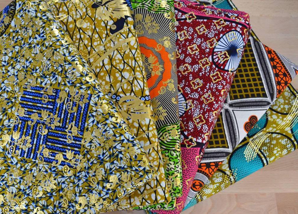 در سه مرحله در ترکیب لباس طرحدار حرفهای شوید